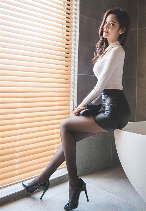 chinese hot japanese women mini skirts 805 best images about who on pinterest korean model