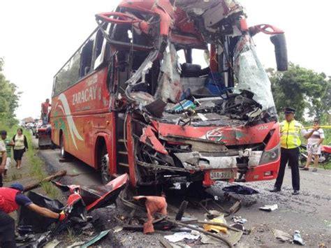 imagenes impresionantes de accidentes de transito 2 muertos por accidentes de tr 225 nsito en los r 237 os y manab 237
