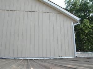 vertical house siding
