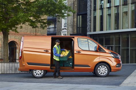 ford transit 2018 new ford transit custom for 2018 info and pictures of