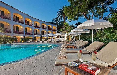 cheap boat rentals naples italy hotel della piccola marina capri italy hotel reviews