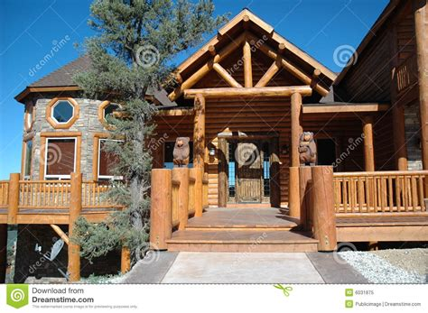 cabin style log cabin style home royalty free stock photo image 6031875