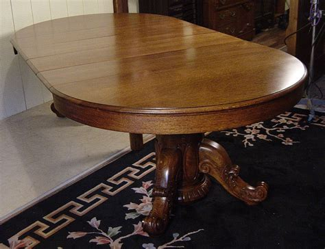 52 dining table 52 quot oak dining room table with 4 leaves