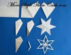How To Make Construction Paper Snowflakes - snowflake patterns on paper snowflakes