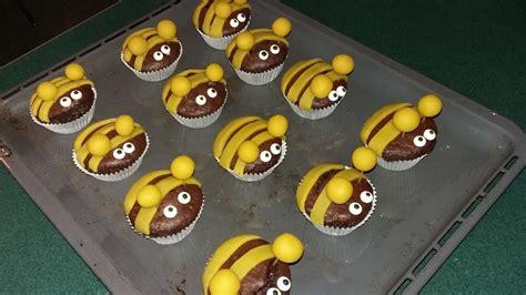 bienen kuchen bienen muffins rezept mit bild moosmutzel311