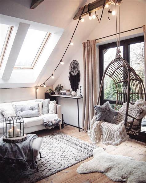 Lichterkette Wohnzimmer by 99 Zimmer Dachschr 228 Ge Ideen