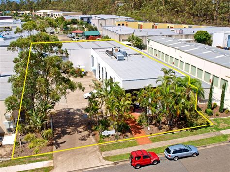 warehouse office at molendinar gold coast for sale