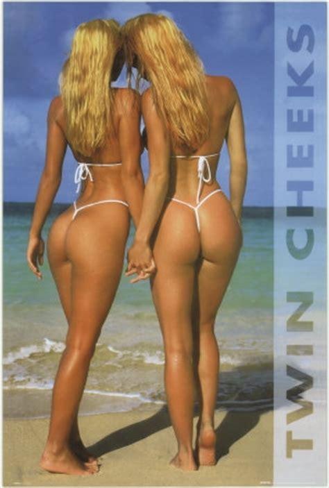 amateur latinas bending over cheek big fat butt spread ass cheeks my hotz pic