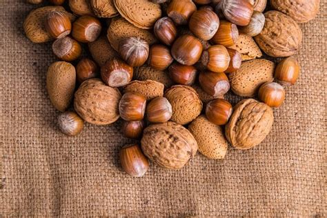 best healthy nuts top 5 best nuts for weight loss the healthy way