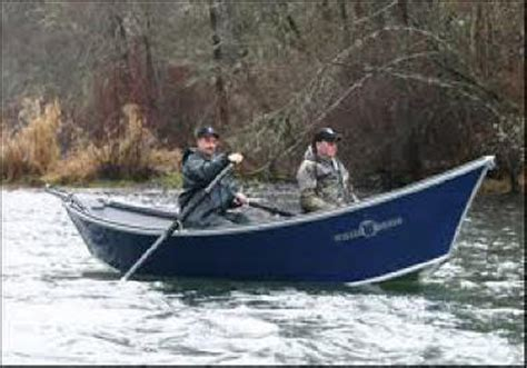 willie sled boats cowlitz river spring chinook fishing from a boat
