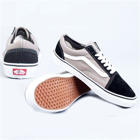 Sepatu Merk Original jual jual sepatu pria wanita original merk nike