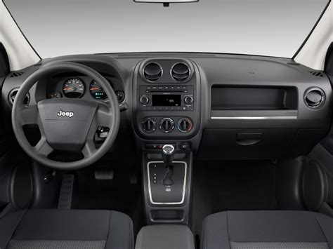 jeep compass dashboard image 2010 jeep compass fwd 4 door sport ltd avail