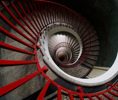 sognare scale mobili sognare scale la diversa simbologia legata a quest immagine