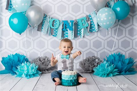 cameron   cleveland cake smash photographer ashleigh whitt photography cleveland ohio