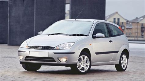 Ford Focus 2001 by 2001 Ford Focus Review