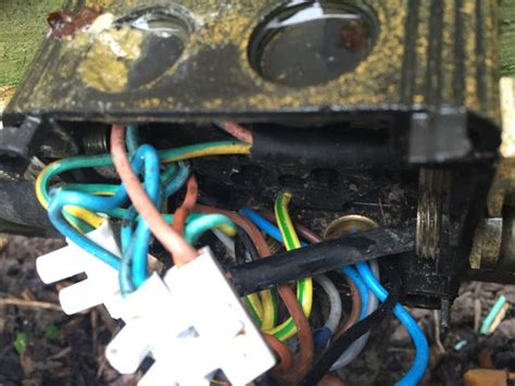 how do i fix my lights electrical how do i fix my seemingly improperly ground