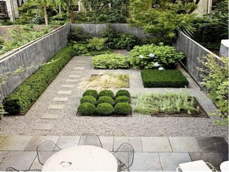 pea gravel backyard pea gravel patio ideas cool stuff to buy