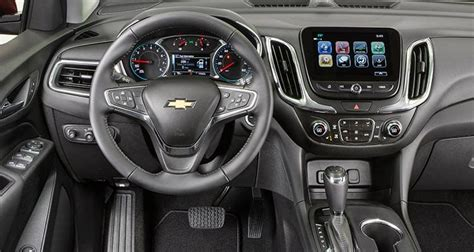 how petrol cars work 2007 chevrolet equinox interior lighting 2018 chevrolet equinox goes small and high tech consumer reports