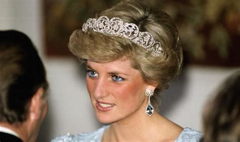 meghan markle what tiara did she wear royal wedding meghan markle tipped to wear princess diana