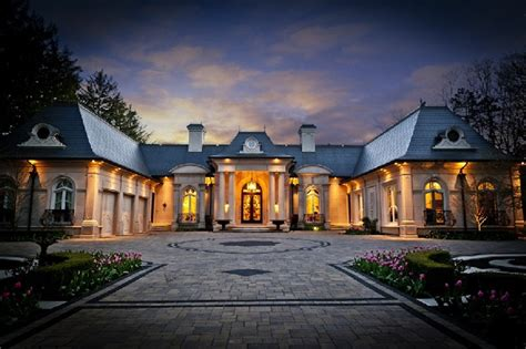 Garage Sales Oakville Ontario by Luxurious Property In Oakville Ontario For Sale Luxury