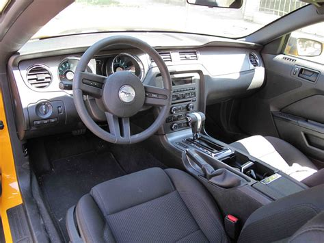 2011 Mustang Gt Interior by 2011 Ford Mustang Interior Pictures Cargurus