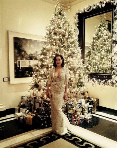 Xmas Decorated Homes by Top 10 Most Adorable Celebrity Christmas Trees Top Inspired