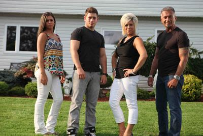 recap long island medium season 6 premiere finds us quot long island medium quot recap of quot uneasy quot and quot spirit and the