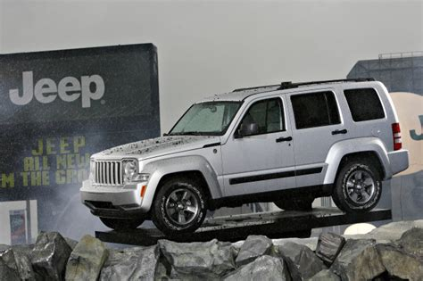 2008 Jeep Liberty Recalls Chrysler Recalls More Than 247 000 Cars And Suvs