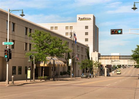 valley lighting appleton wi why the green bay packers opponents stay at a radisson in