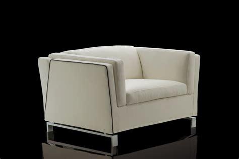 poltrone comode poltrona letto comoda ed elegante benny