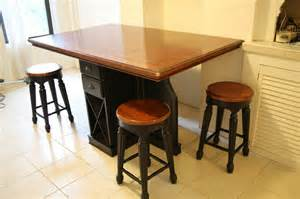 Kitchen Table Wine Rack Kitchen Island Table W Wine Rack In Greenpoint Krrb Classifieds