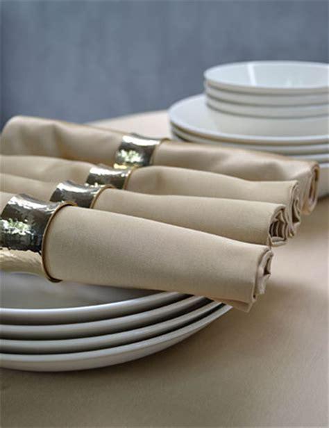 Kook Punt Cotton goed voornemen organiseer een memorabele nieuwjaarsborrel today s table