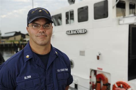 petty officer 2nd class david blonn 171 coast guard compass