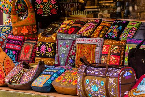 Handicraft Or Handcraft - handicrafts