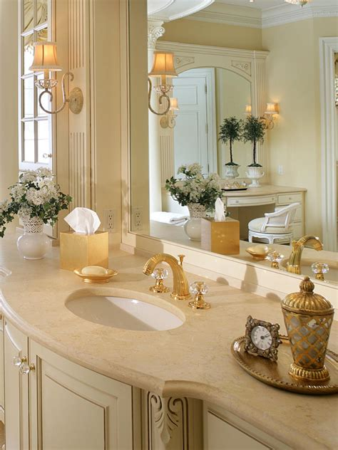 Traditional Elegant Master Bathroom Peter Salerno Hgtv White And Gold Bathroom Ideas