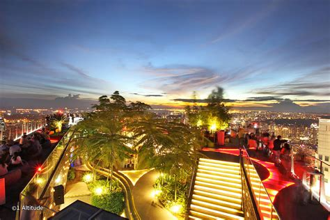 Top Bars Singapore by 10 Best Rooftop Bars In Singapore Singapore Best Nightlife