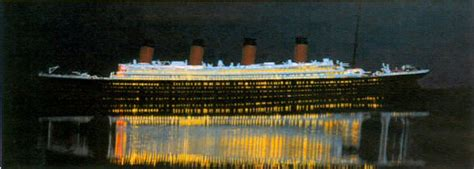 warmplastic models  light  titanic