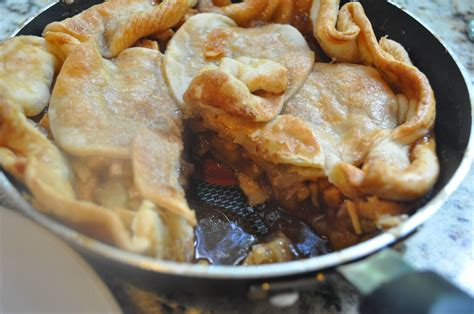 skillet apple pie a recipe from trisha yearwood