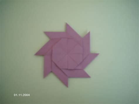 How To Make Origami Out Of Sticky Notes - transforming post it note
