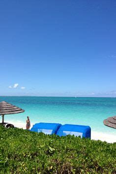 beaches turks and caicos bed bugs clear blue water grace bay is 90 minutes by plane from