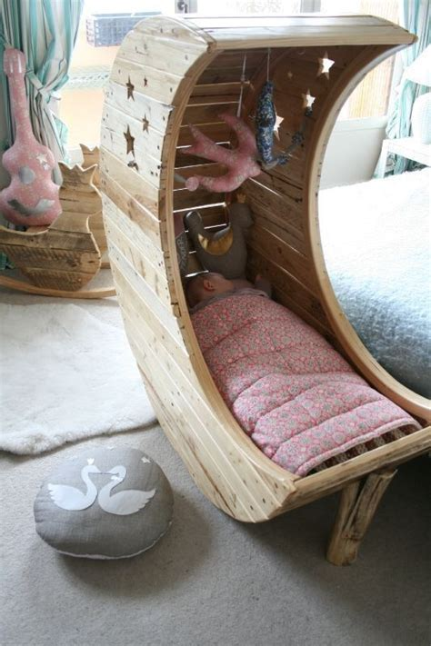 Diy Moon Shaped Cradle 1 - 31 useful and most popular diy home ideas