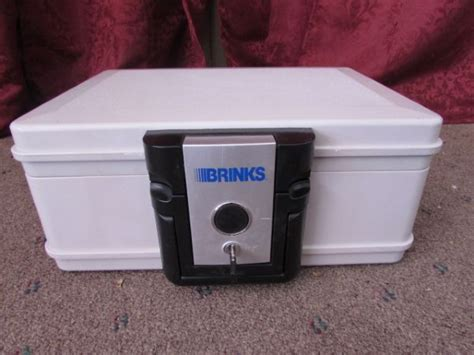 lot detail brinks resistant safe