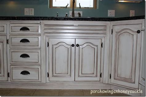 paint and glaze kitchen cabinets paint and glaze cabinet tutorial around the house