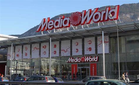 mediaworld sede centrale mediaworld taglia sedi e salari dei lavoratori sindacati