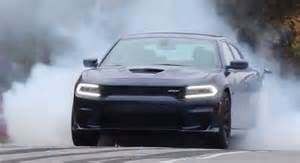 tire shredding 2015 dodge charger srt hellcat turns tires
