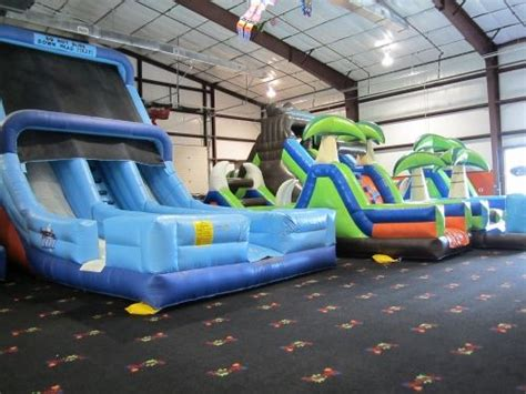 bounce house business plan 104 best images about bounce house business on pinterest chiang mai indoor play