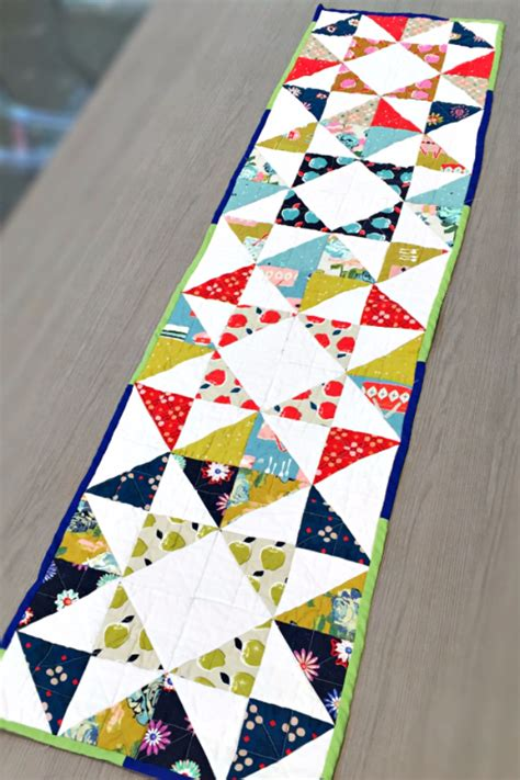 quilt pattern for table runner 37 quilted gift ideas you can make for just about anyone