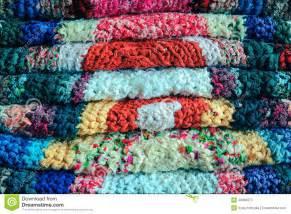 tappeti fatti a mano mucchio dei tappeti fatti a mano immagine stock