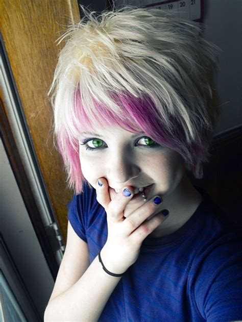 cute hairstyles for girls with blonde hair funky and cute emo hairstyles for short hair for girls