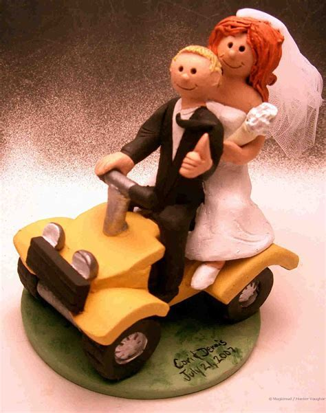 Fun and Unique Wedding Cake Toppers : Have your Dream Wedding